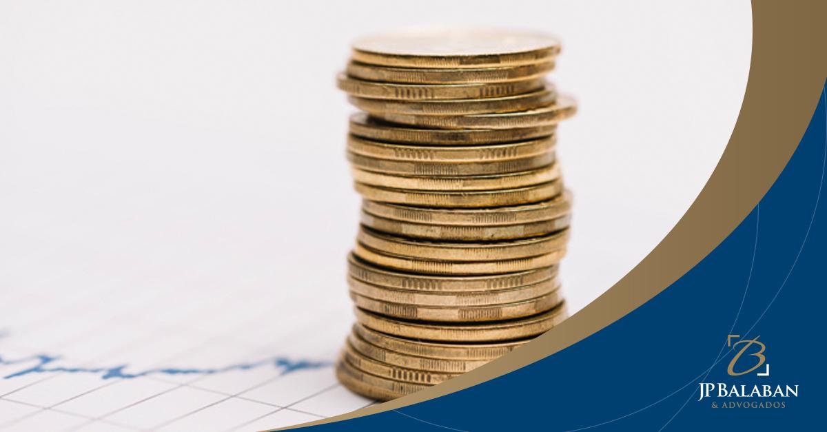 Incumbe ao devedor o ônus de impugnar a presunção da CDA para comprovar o crédito tributário