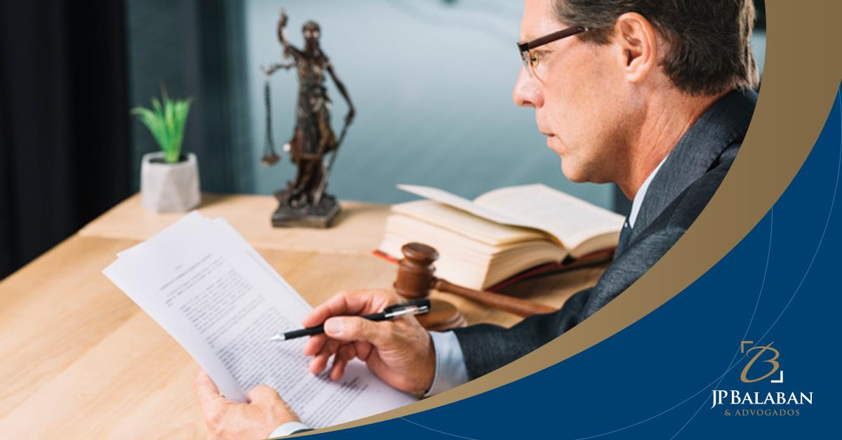 A tutela de evidência como meio de defesa do contribuinte, quando não respeitado seu direito materializado em precedente vinculativo